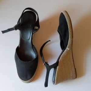 Life Stride black fabric wedges-sz 8